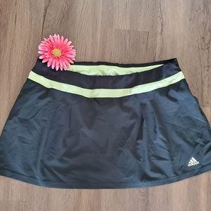 ADIDAS Skirt Short very nice color